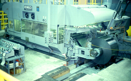 A 12-high cold rollingmill for carbon sheet steel flat bars and wire rods