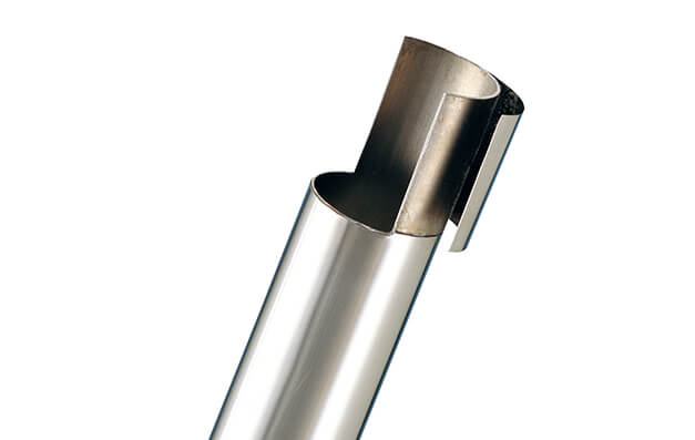 Stainless-steel-clad tubes